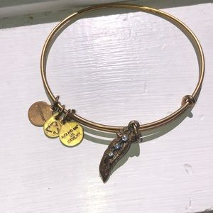 Fether Annie and Alex bracelet!